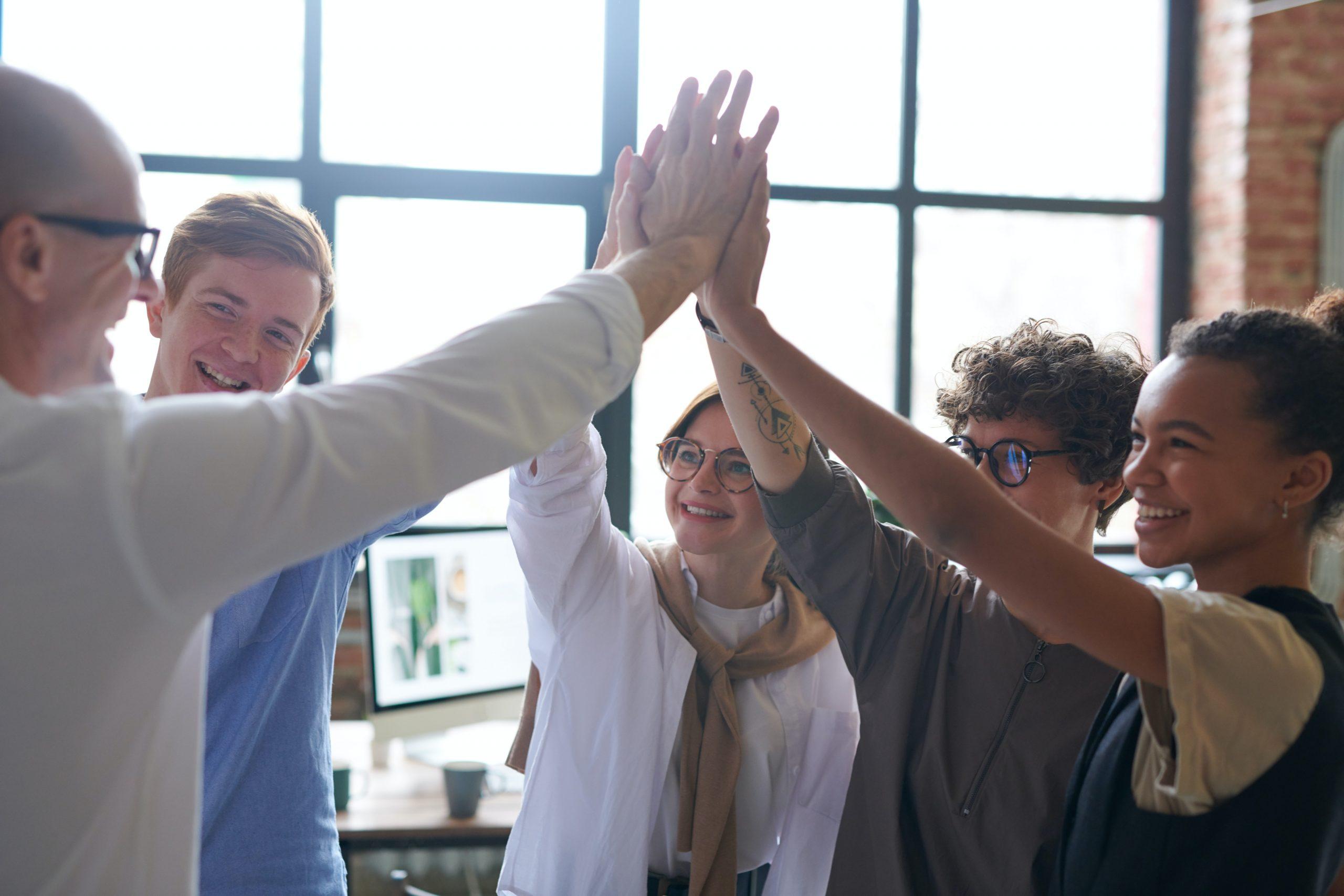 Tres tendencias clave para mejorar la experiencia de tus empleados en 2021